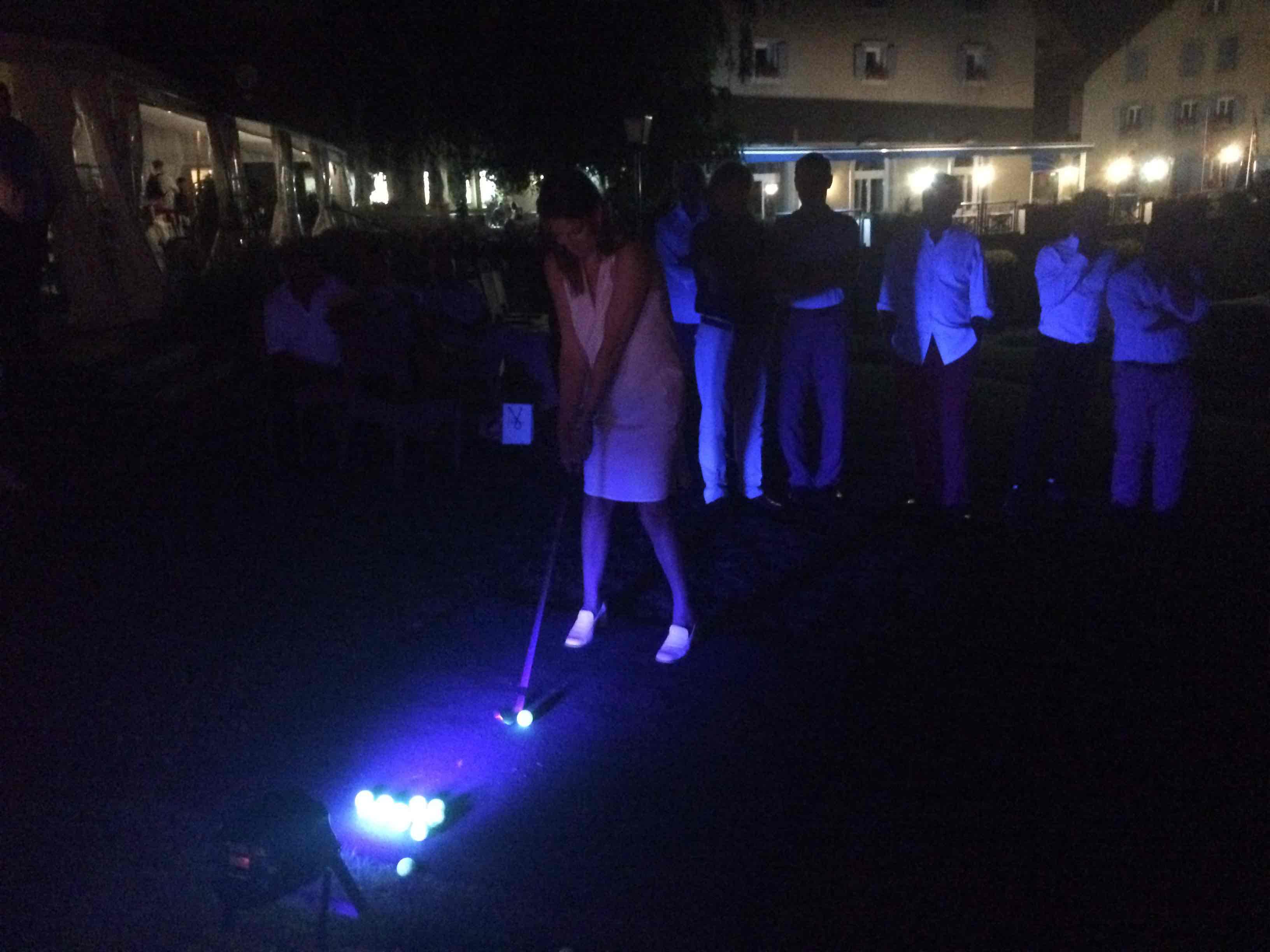 ASAGE Starlight Golf_joueuse tee box